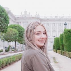 Kristína Debnárová